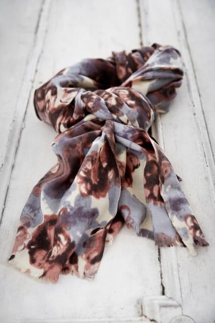 scarf Majbritt